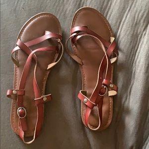 Thong shoes